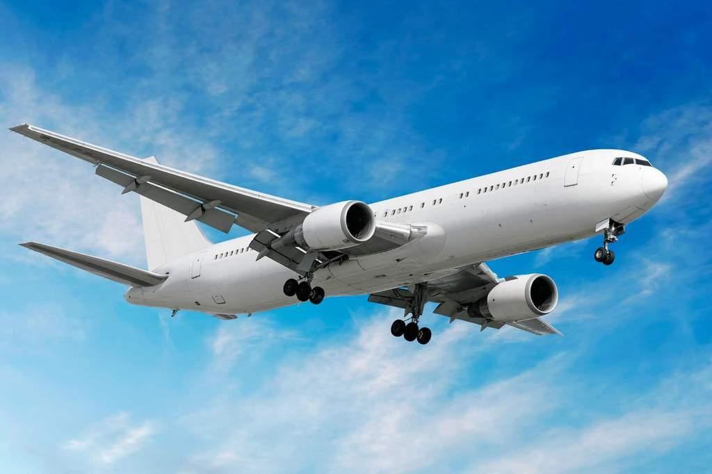 Bisnis penerbangan lesu di tengah pandemi Covid 19. (Int)