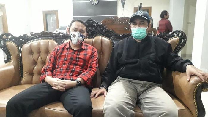 Bupati Nganjuk, Novi Rahman Hidayat (kiri) saat terjaring OTT KPK. (Int)