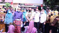 Bupati Takalar Syamsari saat berkunjung ke desa Kampung Beru, Rabu 24 Februari 2021. (Ist)
