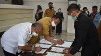 Bupati Takalar bersama Kepala BPN Sulsel dan Perwakilan BNI menandatangani MoU pemberdayaan UMKM di Kantor Bupati, Selasa 25 Agustus 2020. (Ist)