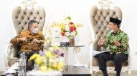 Direktur Jenderal Pelayanan Kesehatan Kementerian Kesehatan Prof Abdul Kadir saat melakukan pertemuan dengan Plt Gubernur Sulsel, Andi Sudirman Sulaiman, Sabtu 17 April 2021. (Ist)