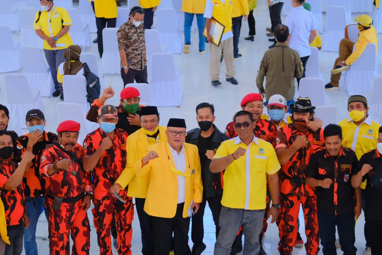 Kader- kader Pemuda Pancasila Jeneponto memberikan dukungan penuh kepada Bupati Jeneponto Iksan Iskandar memimpin kembali Partai Golkar. (Ist)