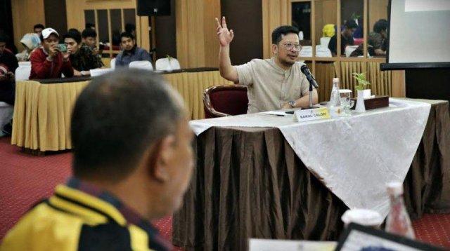 Kandidat Walikota Makassar Irman Yasin Limpo saat mengikuti uji kompetensi di Partai Golkar beberapa waktu lalu. (Int)