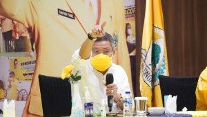 Ketua DPD I Partai Golkar Sulsel Taufan Pawe langsung menggerak semua komponan Partai Golkar Sulsel untuk turun membantu korban bencana di Sulawesi Barat, Jumat 15 Januari 2021. (Ist)
