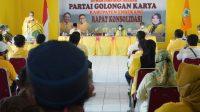 Ketua DPD I Partai Golkar Taufan Pawe saat memimpin rapat konsolidasi Golkar Enrekang, Jumat 26 Februari 2021. (Ist)