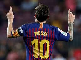Lionel Messi meramaikan persaingan memperebutkan top skor Liga Spanyol dengan torehan 9 goalnya. (Int)