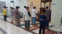 Masjid Nurul Rahman di BTN Bontomate'ne, kecamatan Pattalassang akhirnya dibuka kembali usai imamnya dinyatakan positif Covid 19. (Ist)