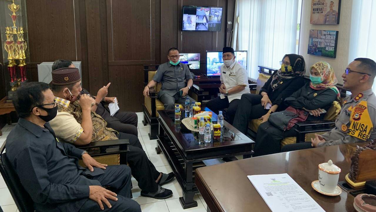 Pansus-hak-angket-DPRD-Takalar-sedang-mempersiapkan-pemanggilan-paksa-sejumlah-pimpinan-OPD-pekan-lalu.-Int-