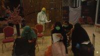 Perawat Dinkes Takalar bersiap menjalani isolasi di salah satu hotel di Makassar, Rabu 10 Juni 2020. (Ist)