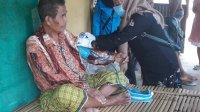 Petugas kesehatan dari berbagai PKM di Takalar melakukan kunjungan rumah warga yang sakit setiap Jumat. (Ist)