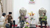 Plt Gubernur Sulawesi Selatan Andi Sudirman Sulaiman menerima kunjungan BPKP BPK RI Perwakilan Sulsel, di Rumah Jabatan Wakil Gubernur Sulsel di Makassar, Senin, 13 September 2021 malam. (Int)