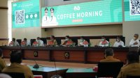 Plt Gubernur Sulsel saat memimpin coffee morning bersama pimpinan Organisasi Perangkat Daerah (OPD) lingkup Pemerintah Provinsi Sulsel di Ruang Rapat Pimpinan Kantor Gubernur Sulsel, Senin 15 Maret 2021. (Ist)