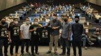 Ratusan pengurus KNPI Sulsel nobar film jejak langkah dua ulama di Mall Panakkukang, Rabu 21 April 2021. (Ist)