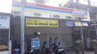 Satpol Pamong Praja Takalar menutup belasan minimarket yang dinilai mematikan pedagang kecil. (Ist)