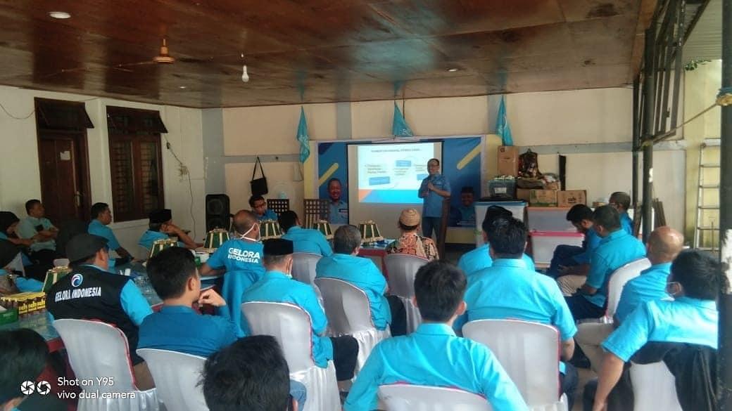 Sekretaris DPW Gelora Sulsel Mudzakkir Ali Djamil memimpin konsolidasi pengurus Gelora se Luwu Raya dan Toraja yang digelar di Palopo, MInggu 6 Juni 2021. (Ist)