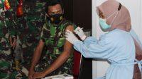 Vaksinasi Covid 19 di Takalar asar TNI-Polri, ASN, tokoh masyaraat, dan pedagang pasar. (Ist)
